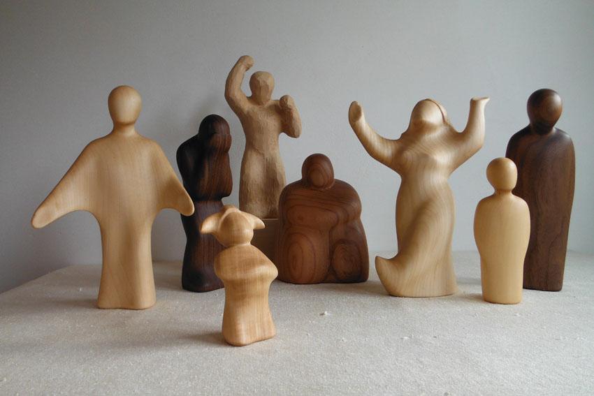 Holzfiguren Innere Bühne